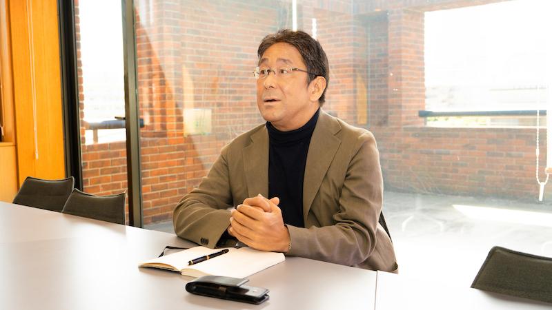 環境エネルギー投資・河村修一郎代表取締役
