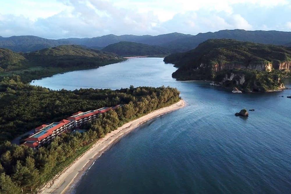 雄大な自然に包まれた西表島ホテル